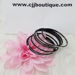 Jewelry - Black and Silver Women Bangles Sets